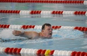 Jim swimming at the US Transplant Games 2006